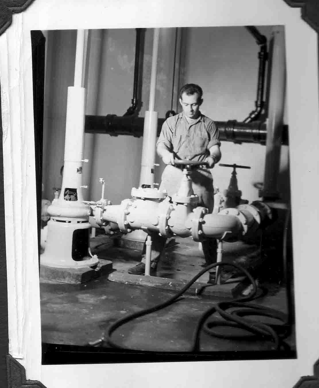 1959 Gas pipe cleaning AC plant a